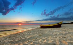 Sunrise Beach HD Photography Background 2560×1600 - High Definition Wallpaper | Daily Screens id-3029