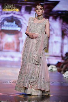 AISHA IMRAN-bridal-collection-at-bridal-couture-week-gold-21