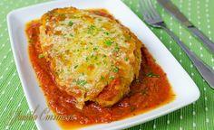 Pui cu parmezan – reteta video Parmezan, Romanian Food, Romanian Recipes, Mozzarella, Kfc, Lasagna, Food Videos, Grilling, Dinner Recipes