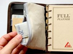 Filofax or Planner Wallet - Free Sewing Pattern by Tutorial Girl