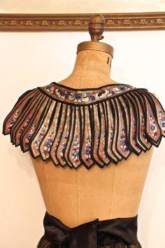 https://www.etsy.com/nl/listing/207801939/vintage-antique-textile-antique-collar