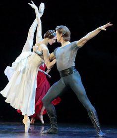 "<<Svetlana Zakharova and Denis Rodkin in ""Francesca da Rimini"" - choreography by Yuri Possokhov from ""AMORE"">>"