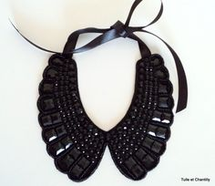 Awesome 39 DIY Collar Sewing Ideas to Help You Create Your Own Unique Collar Diy Necklace, Collar Necklace, Necklace Designs, Crochet Necklace, Maxi Collar, Beaded Collar, Embroidery Fashion, Beaded Embroidery, Jewelry Crafts