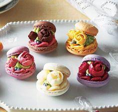 "nenrinya - vegehana-food: ""ブーケ・ド・マカロン Fancy Desserts, Just Desserts, Dessert Recipes, Patisserie Fine, Cupcake Cakes, Cupcakes, Macaron Cookies, Meringue Cookies, Sweet Recipes"
