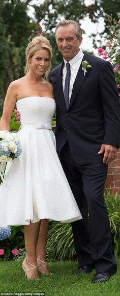 Cheryl Hines and Bobby Kennedy's wedding pictures from Cape Cod nuptials | Daily Mail Online