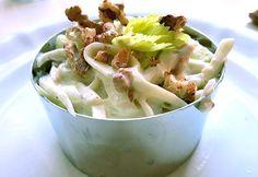 Waldorf Salat – klassisches Rezept und leichtes Dressing als Kursänderung – DIE SEE KOCHT Waldorf Salat, Potato Salad, Wordpress, Dressing, Potatoes, Ethnic Recipes, Food, Salads, Food And Drinks