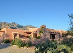Santa Fe home in Tucson