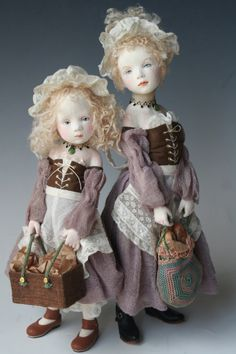 by Mieko Minazumi I particularly love their clothes.