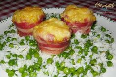 Pipimuffin, avagy csirkemelles muffin bacon-nel Garlic Bread, Sprouts, Chicken Recipes, Bacon, Turkey, Vegetables, Food, Cup Cakes, Ground Chicken Recipes