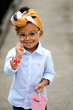 Cute Afro Hairstyles For Black Girls Fashion Kids, Little Girl Fashion, Beautiful Children, Beautiful Babies, Beautiful People, Cute Kids, Cute Babies, Kid Swag, We Are The World