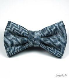 Blue herringbone woolen bowtie - bubibubi ties