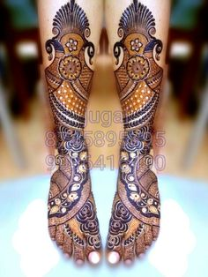 Arabic Mehendi Designs - Check out the latest collection of Arabic Mehendi design ideas and images for this year. Arabic mehndi designs are the most fashionable and much in demand these days. Wedding Henna Designs, Peacock Mehndi Designs, Latest Bridal Mehndi Designs, Henna Designs Feet, Legs Mehndi Design, Stylish Mehndi Designs, Dulhan Mehndi Designs, Mehndi Design Pictures, Beautiful Mehndi Design