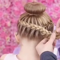Beautiful hair style ideas Little Girl Hairstyles Beautiful hair ideas style Quick Hairstyles For School, Braided Hairstyles, Cool Hairstyles, Halloween Hairstyles, Mexican Hairstyles, Hairstyles 2018, Medium Hairstyles, Hair Dos For School, Dancer Hairstyles