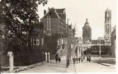 Herinner je Utrecht: Mariaplaats met Buurkerk en Dom, 1930-1940