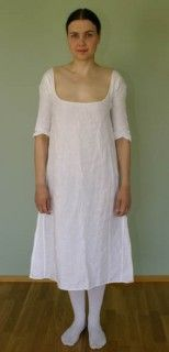 Completely hand sewn, made of silk, linen and 2,5 mm diameter round cane. The wrinkles in the front come from the horizontal bones inside the corset. The color is rather dull, but I plan to make a chemise dress soon, and I didn't want them to show through (although showing though looks nice too).…