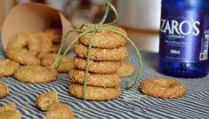 Παξιμαδάκια λαδιού με γκαζόζα - cretangastronomy.gr Bakery, Cookies, Desserts, Food, Greek, Crack Crackers, Tailgate Desserts, Deserts, Biscuits