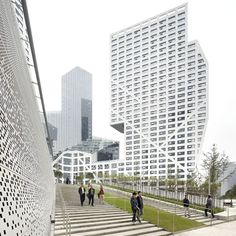 Steven Holl Architects. Sliced Porosity Block, five towers around a public plaza in Chengdu, China.
