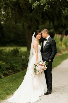 K & A // Elegant Chinese Wedding at Guild Inn Estate - Shauna Heron // Toronto Wedding Photography Wedding Venues Toronto, Toronto Wedding Photographer, Scarborough Ontario, Heron, Wedding Photos, Chinese, Wedding Photography, Elegant, Couples