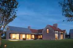 Govaert & Vanhoutte Architects has renovated an old farmhouse in Belgium to create a home for an estate agent and his family. Contemporary Barn, Modern Barn, Modern Farmhouse, Architecture Old, Architecture Details, Brick Extension, Barn Renovation, Building Exterior, House Extensions