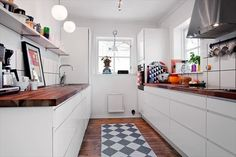love the wood kitchen top ♥
