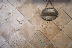 Small Rooms, Natural Stones, Countertops, Tile Floor, Kitchen Decor, Flooring, Classic, Wall, Decorating Ideas
