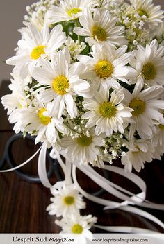 bridal bouquets with daisies | Recent Photos The Commons Getty Collection Galleries World Map App ...