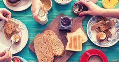 Todo mundo sabe a importância de comer bem ao acordar. Mas nem sempre conseguimos colocar em prática ou ter criatividade para fazer um bom café da manhã. A primeira refeição é a mais importante do …