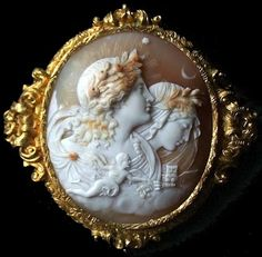 ⊙ Cameo Cupidity ⊙ Allegory of the Day and the Night Material: shell, chiselled gold. Date: ca 1820-1830, France