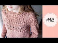 Crochet Coat, Crochet Jacket, Crochet Cardigan, Diy Crochet, Crochet Clothes, Crochet Baby, Crochet Flower Patterns, Crochet Videos, Crochet Fashion