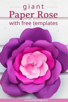 large paper flowers Learn to craft giant paper roses in 5 easy steps and get a free printable template for the petals. This paper flowers are perfect for weddings or parties. Free Paper Flower Templates, Flower Petal Template, Paper Flower Patterns, Paper Flower Tutorial, Big Paper Flowers, Paper Flower Backdrop, Giant Paper Flowers, Diy Flowers, Flower Diy