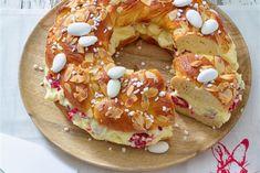 Über diesen gefüllten Oster-Zopf mit Mandeln freuen sich Ihre Gäste ganz bestimmt! Die herrliche Himbeercreme macht diesen Klassiker zu etwas ganz besonderem!