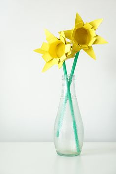 Maker Mama Craft Blog: Recycled Toilet Roll Daffodils