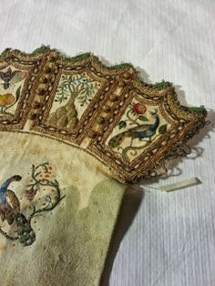 Isis' Wardrobe: 17th century embroidery at the Royal Armoury in Sweden