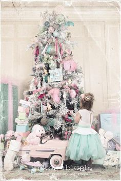 Oldfashioned Christmas Girls in Winter Pastel Colors