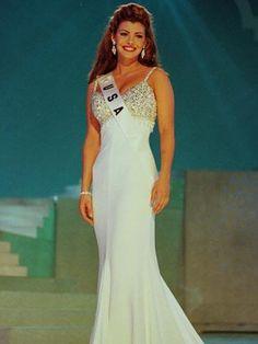 Ali Landry, Miss USA 1996 Conozca todas las Miss USA de todos los años anteriores (FOTOS) | Telemundo