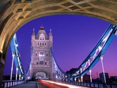 Tower Bridge in London !