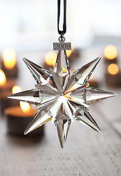 Swarovski Annual Edition Ornament, 2009 Z Swarovski Snowflake, Swarovski Ornaments, Swarovski Crystal Figurines, Crystal Snowflakes, Swarovski Jewelry, Swarovski Crystals, Star Ornament, Xmas Ornaments, Christmas Tree Decorations