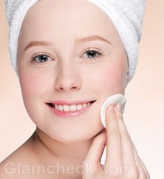 What is normal skin? Regimen for Normal skin care. Cleansing : The very first step for the proper care of the normal skin is its thorough cleansing with a mild yet effective face wash. Skin Care Regimen, Skin Care Tips, Skin Tips, Make Your Own Makeup, How To Get Tan, Clean Pores, Home Treatment, Younger Skin, Best Moisturizer