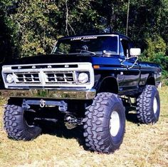 Gotta love the classics 1979 Ford Truck, Old Pickup Trucks, Ford 4x4, Lifted Ford Trucks, 4x4 Trucks, Ford Bronco, Cool Trucks, Lifted Jeeps, Cadillac