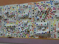 "K- project- Obliteration Room: create ""white relief background"" w/cardboard tubes, etc. Yayoi Kusama, Kindergarten Art, Preschool Art, Middle School Art, Art School, Classe D'art, 3d Art Projects, Collaborative Art, Art Lessons Elementary"