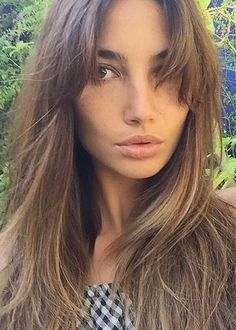 The Victoria's Secret model, Lily Aldridge, took to social media to reveal her new bangs, which were parted in the middle. Genius idea.