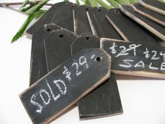 48 Wood price tags Chalkboard finish Reusable 1 by WoodaCooda Price Signage, Sign Display, Display Ideas, Booth Ideas, Farmers Market Display, Craft Show Booths, Wood Prices, Wood Tags, Craft Markets