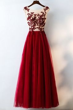 Prom Dress Beautiful, Elegant Burgundy A-Line Lace Tulle Prom Dresses Beautiful Party Dresses, Discover your dream prom dress. Our collection features affordable prom dresses, chiffon prom gowns, sexy formal gowns and more. Find your 2020 prom dress A Line Prom Dresses, Tulle Prom Dress, Cheap Prom Dresses, Lace Dress, Bridesmaid Dresses, Tulle Lace, Burgundy Bridesmaid, Formal Dresses, Lace Bodice