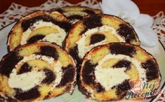 Desert Recipes, Doughnut, Sushi, Sweet Tooth, Deserts, Muffin, Food And Drink, Sweets, Breakfast