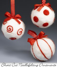 Are you bored with your Christmas tree ornaments? We offer you 20 beautiful felt Christmas ornaments ideas which you can craft by yourself. Felt Christmas Decorations, Christmas Ornament Crafts, Christmas Projects, Holiday Crafts, Christmas Baubles, White Christmas, Tree Decorations, Needle Felted Ornaments, Felt Ornaments