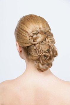 Chignons romantiques - Les plus belles coiffures de mariée -