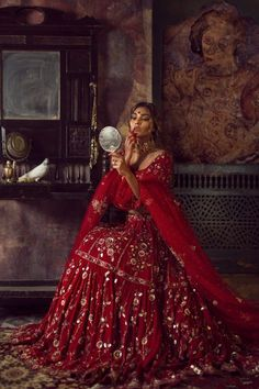 22 New ideas fashion dresses indian lehenga choli Wedding Lehnga, Pakistani Bridal Dresses, Bridal Lehenga Choli, Pakistani Wedding Dresses, Ghagra Choli, Indian Dresses, Red Wedding, Pakistani Bridal Couture, Pakistani Clothing