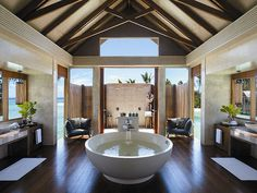 soaking tub & outdoor shower
