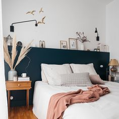 Zu Hause # 8 - unser Zimmer - Thalieandco - At home # 8 – notre chambre – Thalieandco Zu Hause # 8 – unser Zimmer – Thalieandco Room Decor Bedroom, Home Bedroom, Living Room Decor, Bedrooms, Home Interior, Interior Design, New Room, Cheap Home Decor, Home Decor Inspiration