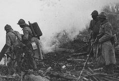 French soldiers equipped with Schilt P series portable flamethrowers, WWI.